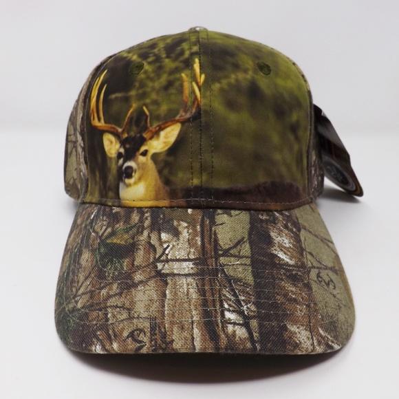 c8913ee00e9 RealTree Xtra Camouflage Deer Baseball Cap